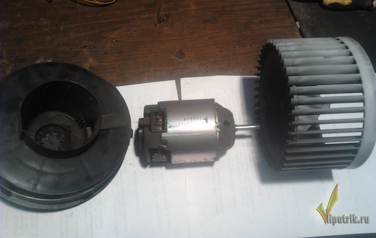 замена щеток на эл.моторе печки ниссан х трейл т 30